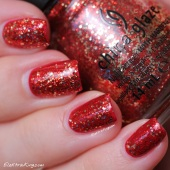1 20131201 Classic Holiday Manicure 3