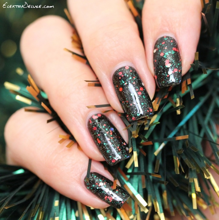 Black Christmas Manicure