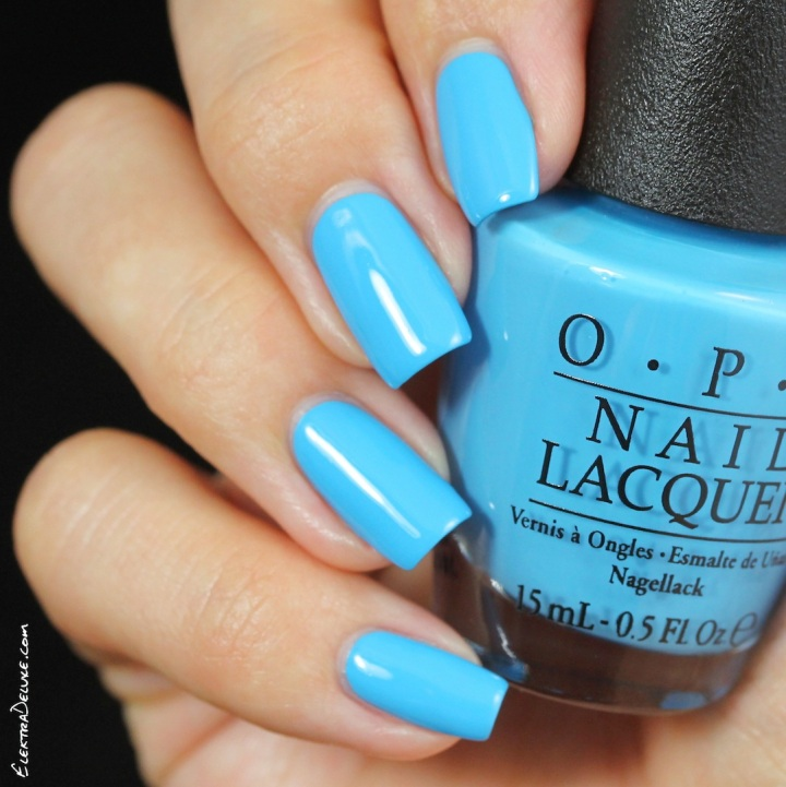 OPI Fearlessly Alice